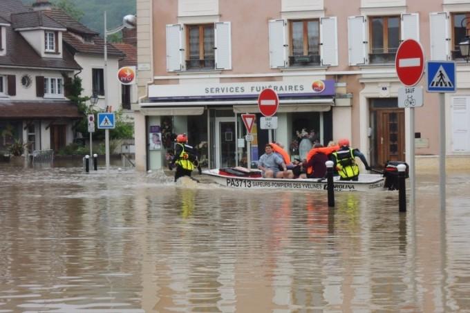 Les inondations de Saint Rémy-lès-Chevreuse dans les Yvelines le 1er Juin 2016 - Corinne Mardiguian