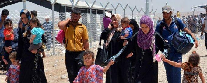 Des civils déplacés par les combats à Mossoul en Iraq arrivent à Erbil (Inge Colijn/HCR)