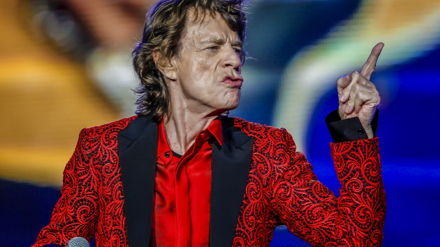 INDIANAPOLIS, IN - JUL 04: Mick Jagger of the Rolling Stones performs at the Indianapolis Motor Speedway on July 4, 2015 in Indianapolis, Indiana. (Photo by Michael Hickey/Getty Images)