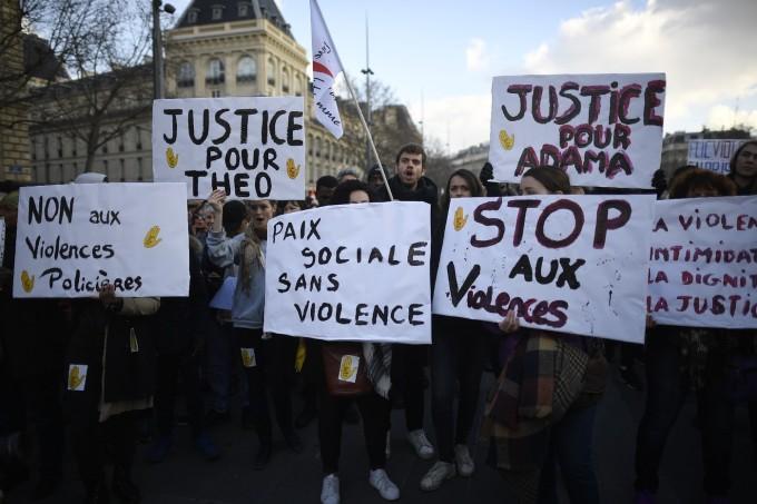 manifestation-contre-les-violences-policieres